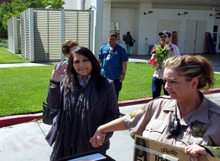 injured fresno county sheriffs office correctional officer juanita davila goes home