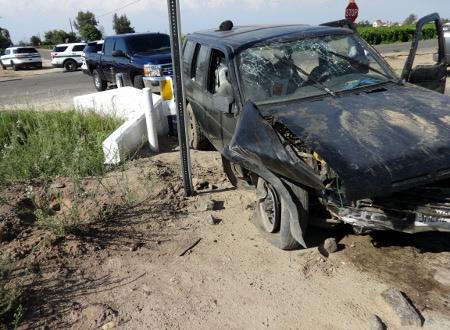 Deputies Capture Wanted Felon Following a Car Crash & Foot Pursuit